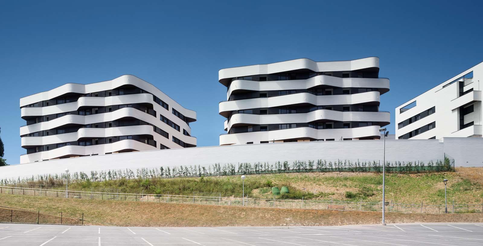 58_subsidized_flats_Torresolo_01_Architecture_IDOM_photos_Aitor_Ortiz