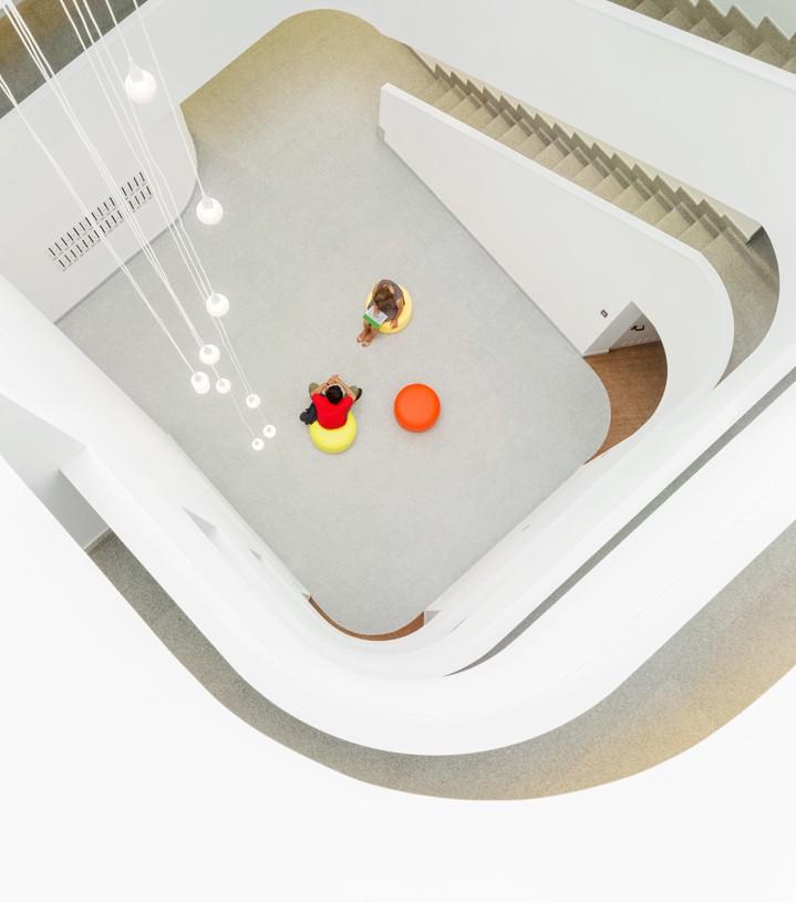 58_subsidized_flats_Torresolo_04_Architecture_IDOM_photos_Aitor_Ortiz