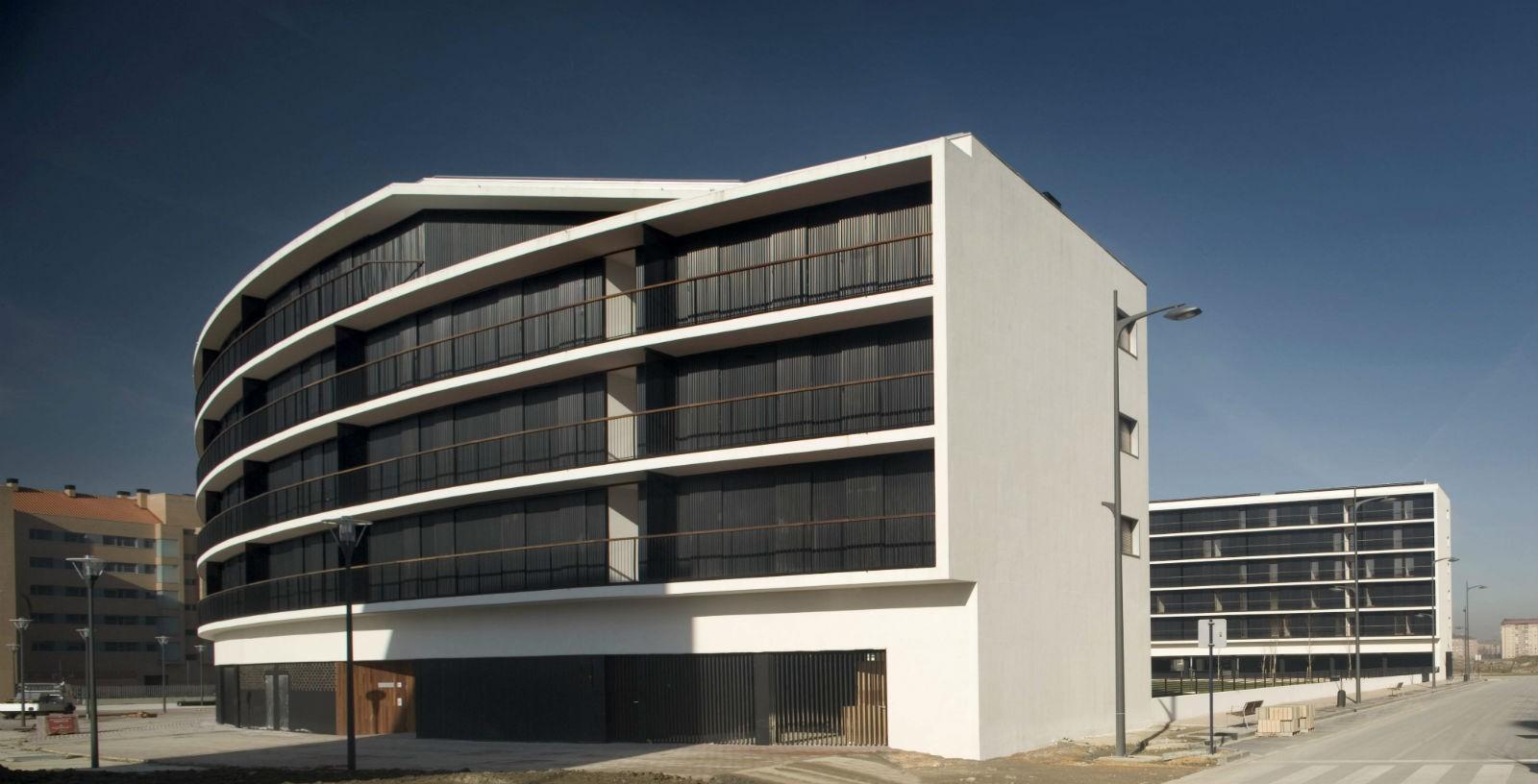 88_state_subsidised_homes_in_Zabalgana_03_Architecture_IDOM_Copyright