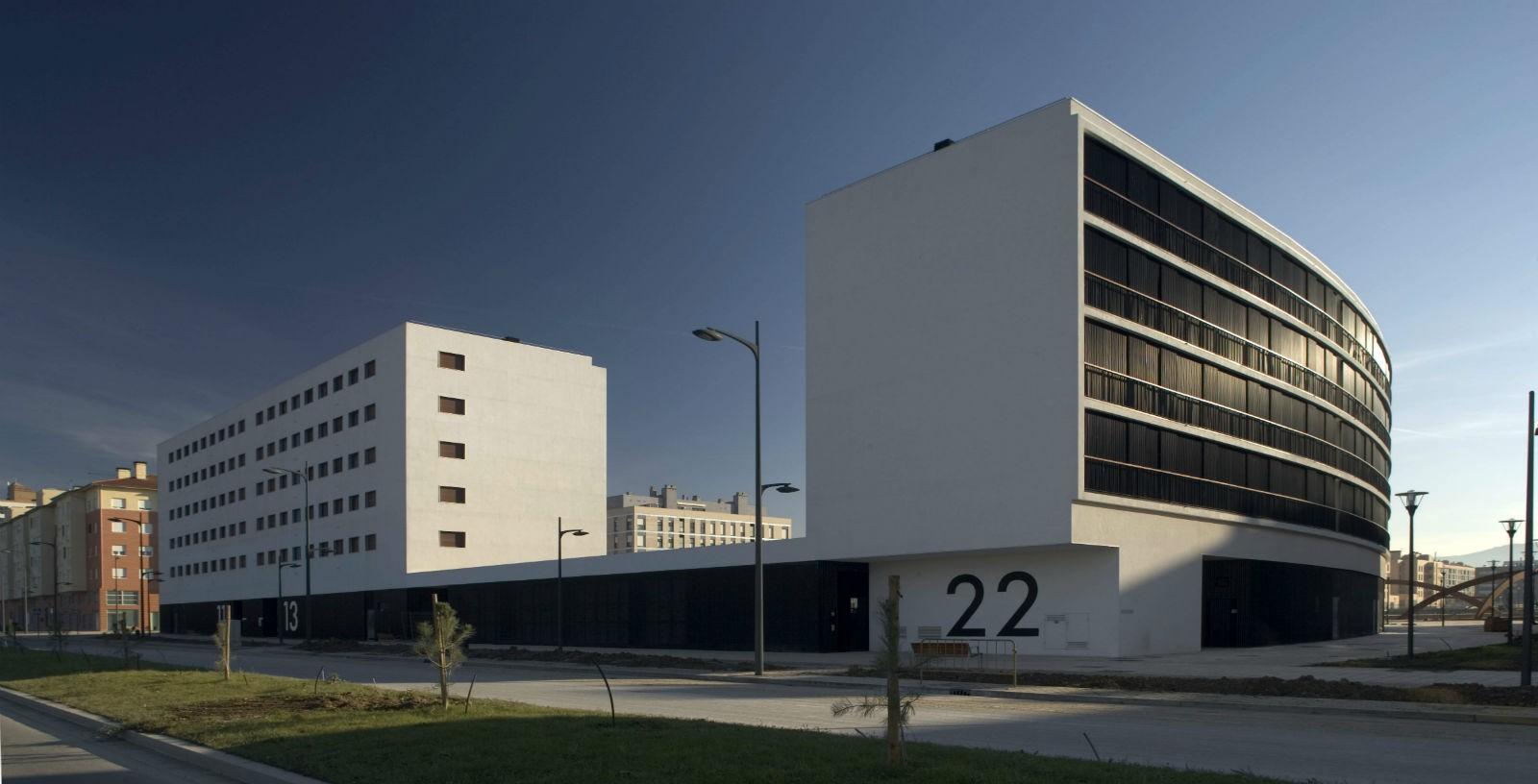 88_state_subsidised_homes_in_Zabalgana_04_Architecture_IDOM_Copyright