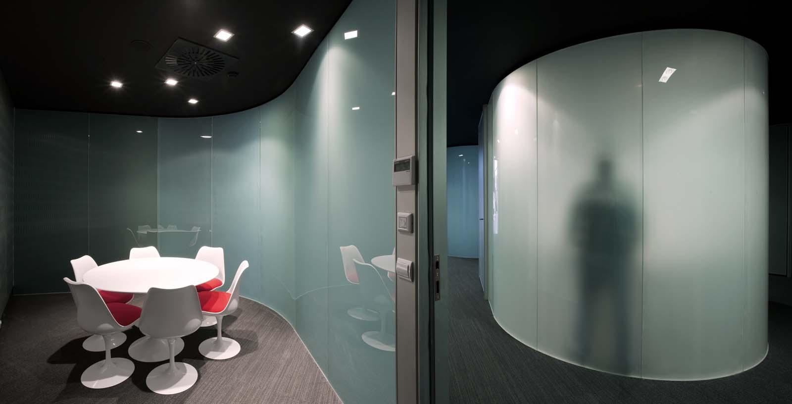 AIC_Automotive_Centre_05_Architecture_Idom_photos_Aitor_Ortiz