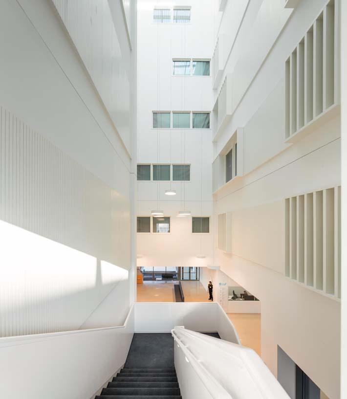 CUF_Descobertas_Hospital-Architecture-01-IDOM-Copyright_Fernando_Guerra