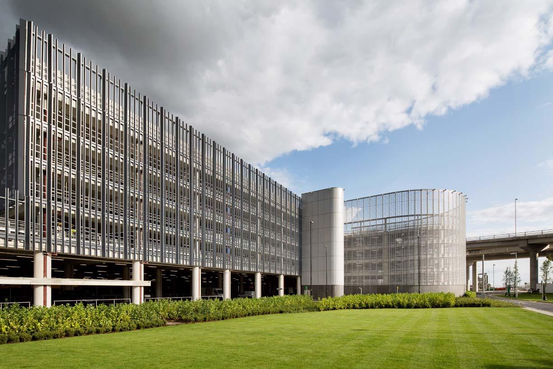 Car_park_Heathrow_01_architecture_IDOM_photos_LHR_Airports_Limited_see_photolibrary.heathrow.com