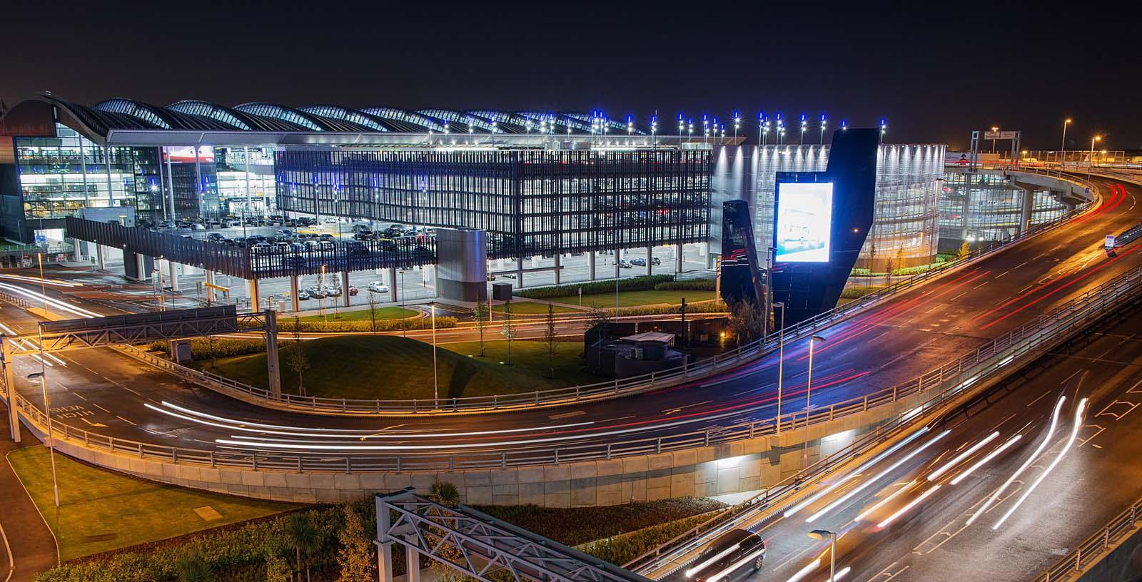 Car_park_Heathrow_02_architecture_IDOM_photos_LHR_Airports_Limited_see_photolibrary.heathrow.com