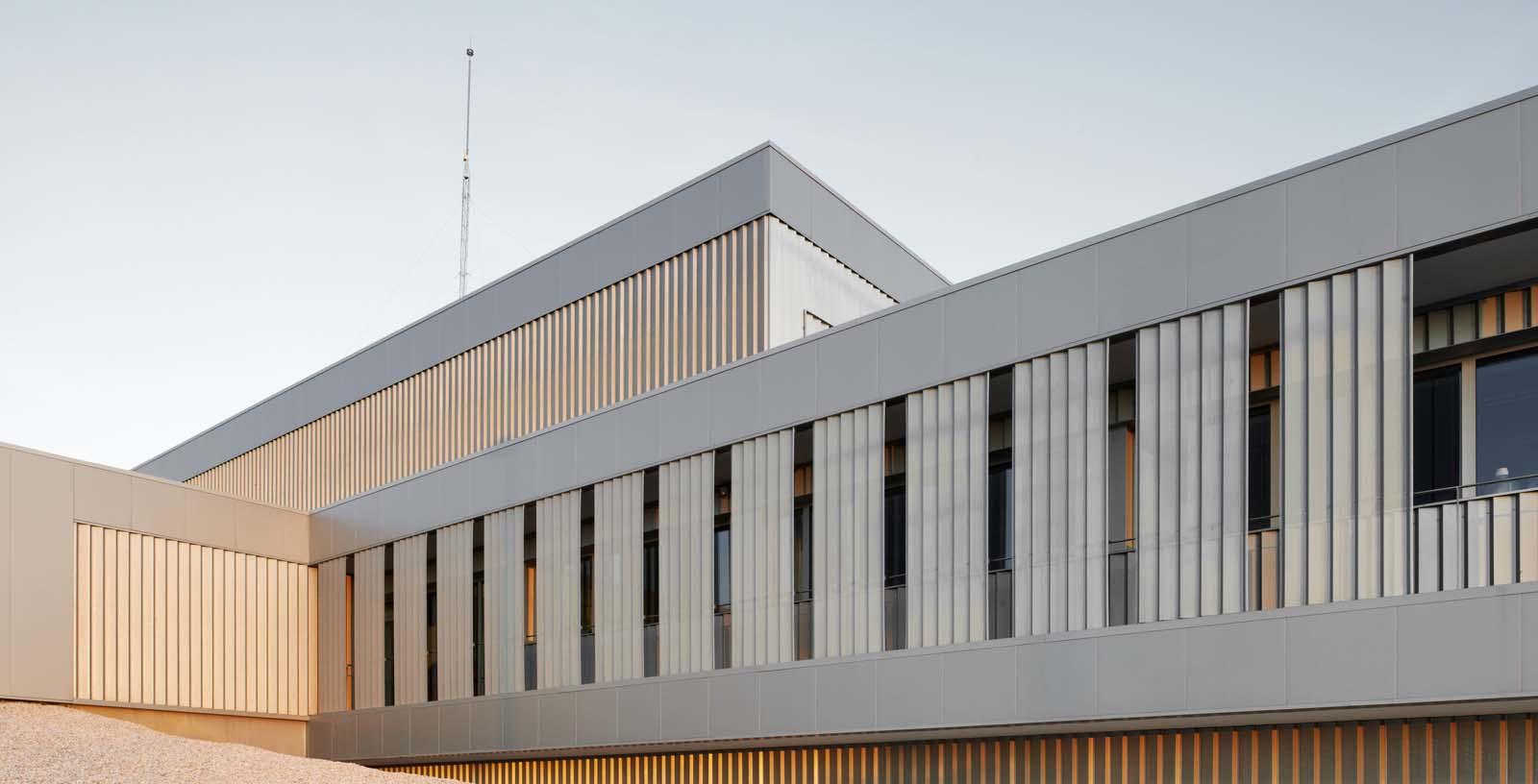 Certest_Biotec_R_D_Laboratories_02_Architecture_Idom_photos_I_aki_Bergera