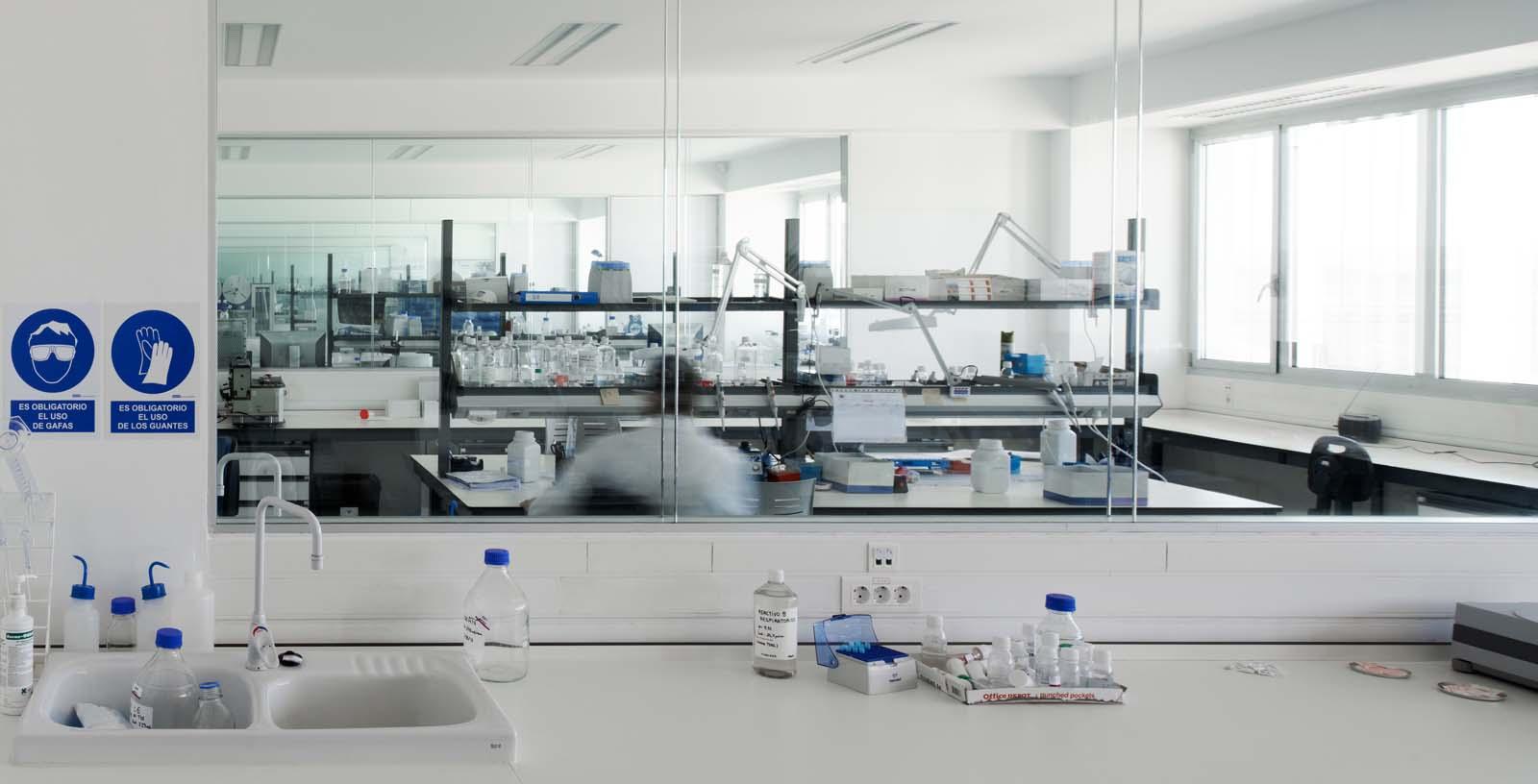 Certest_Biotec_R_D_Laboratories_05_Architecture_Idom_photos_I_aki_Bergera