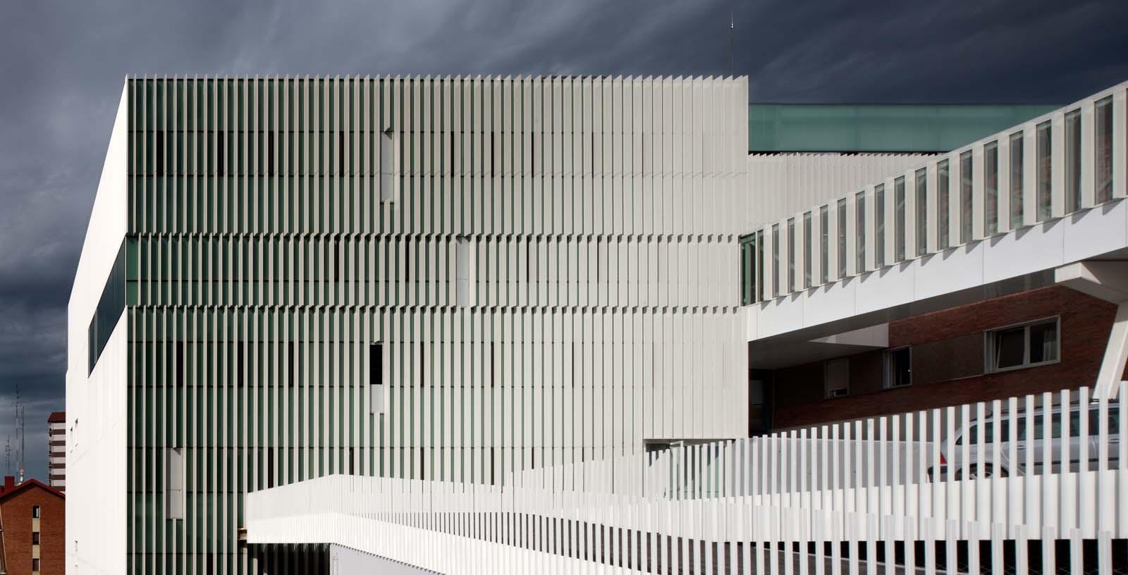 Cruces_Hospital_01__Architecture_IDOM_photos_Aitor_Ortiz