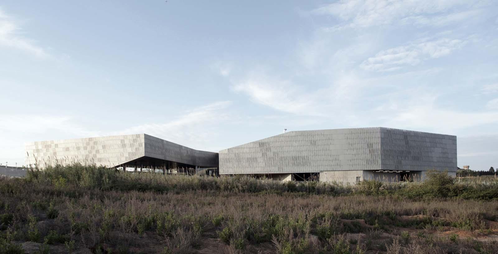 Data_Processing_Centre_01_Architecture_Idom_photo_Edouard_Decam