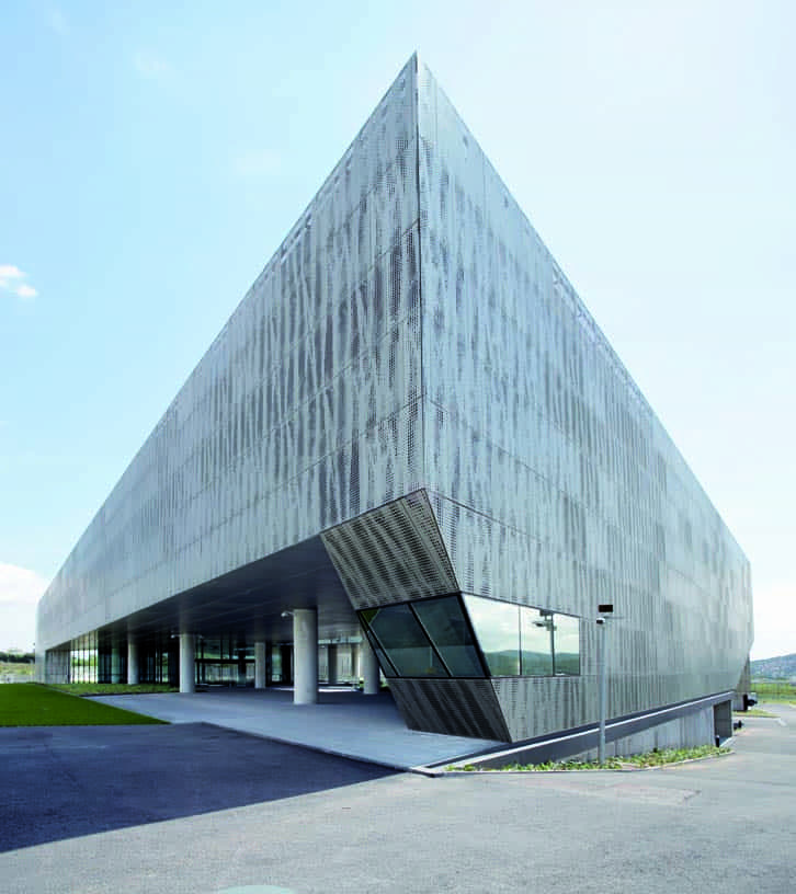 Data_Processing_Centre_02_Architecture_Idom_photo_Edouard_Decam