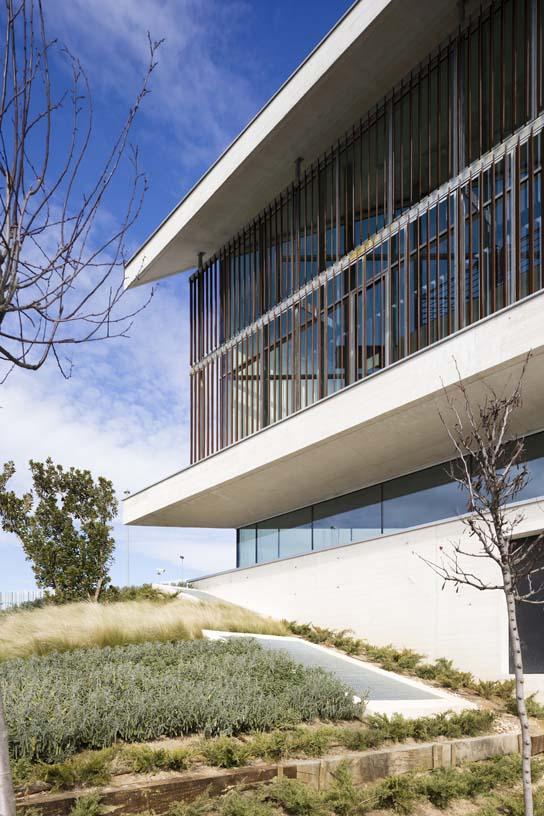Docalia_Data_Centre_03_Architecture_IDOM_copyright_Miguel_de_Guzman