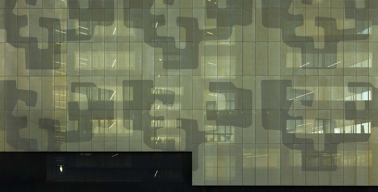 Engineerings_Schools_Building_Bilbao_02_Architecture_IDOM_photos_Aitor_Ortiz