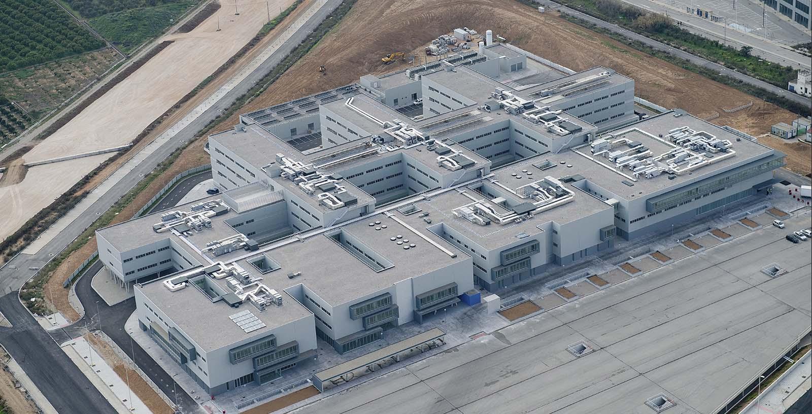 Gandia_Hospital_02_Building_Idom