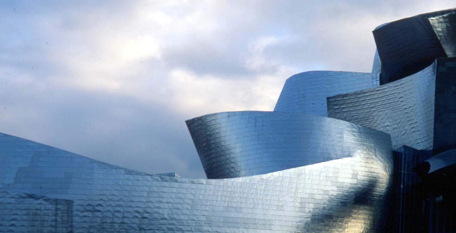 Guggenheim_Museum_02_Building_Idom