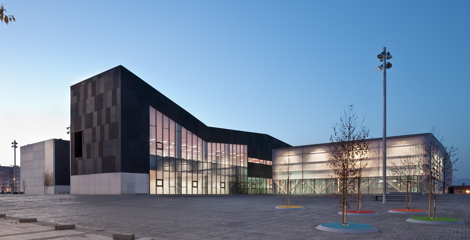 Ibaiondo_Civic_Centre_Architecture_01_IDOM_copyright_Josema_Cutillas