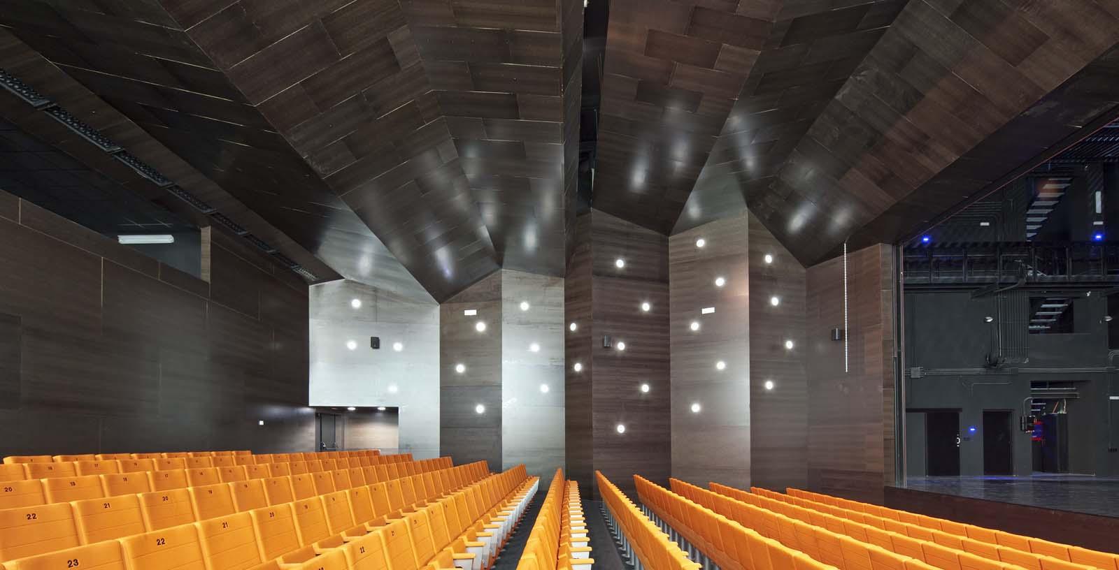 Ibaiondo_Civic_Centre_Architecture_02_IDOM_copyright_Josema_Cutillas