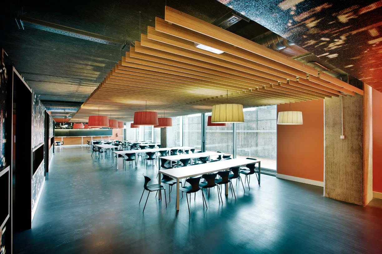 Idom_Office_Madrid_05_Architecture_Idom_Photos_Fernando_Guerra