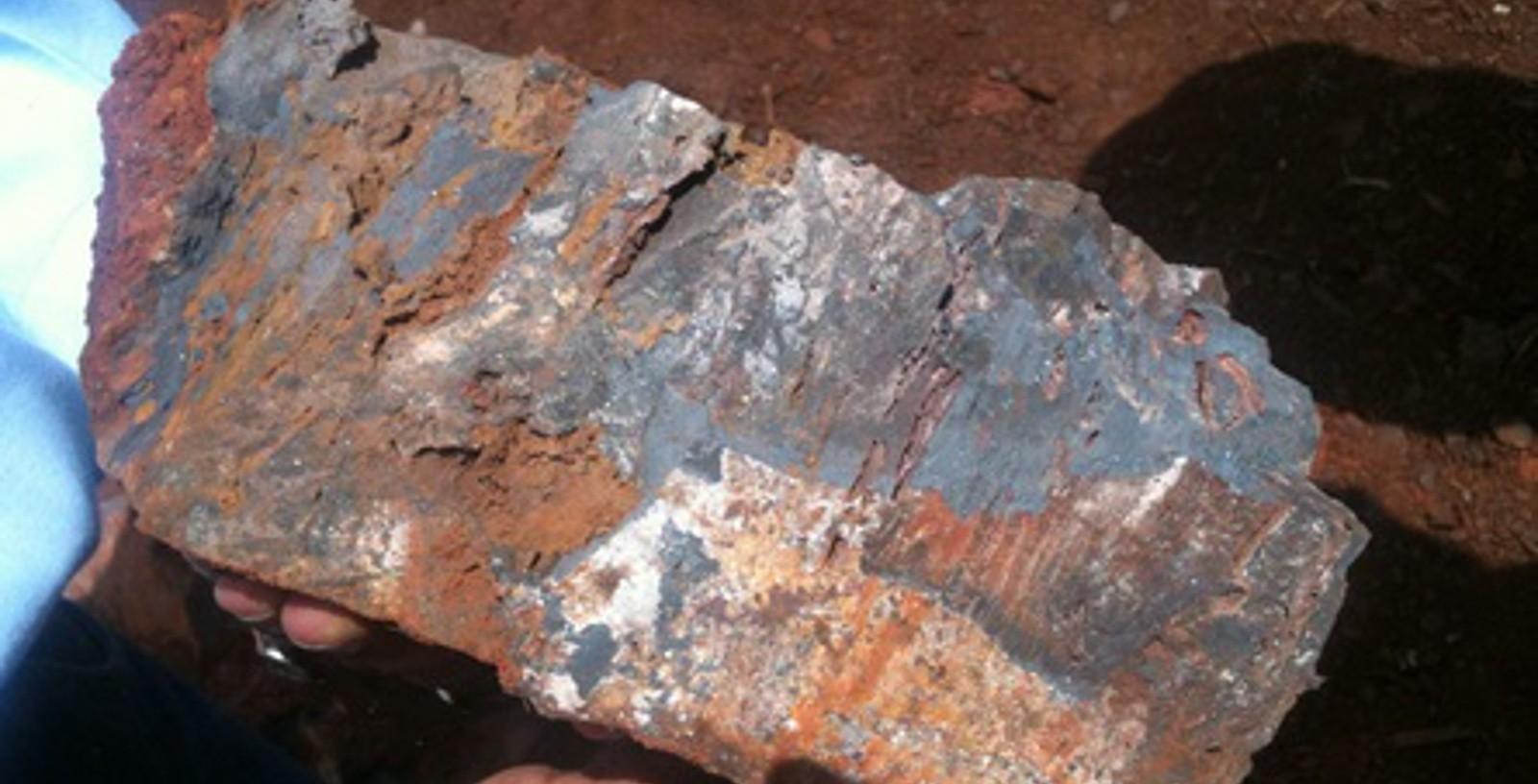 JINDAL_EN_EL_MUTUN_Iron_ore_Idom02