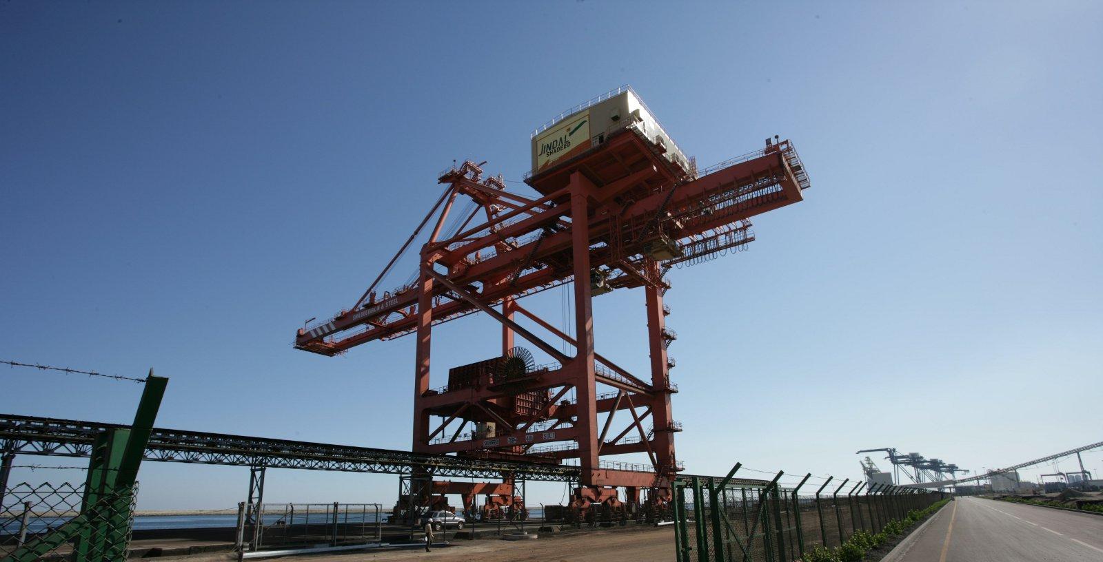 JINDAL_Iron_ore_Sohar_port_Oman_Idom07