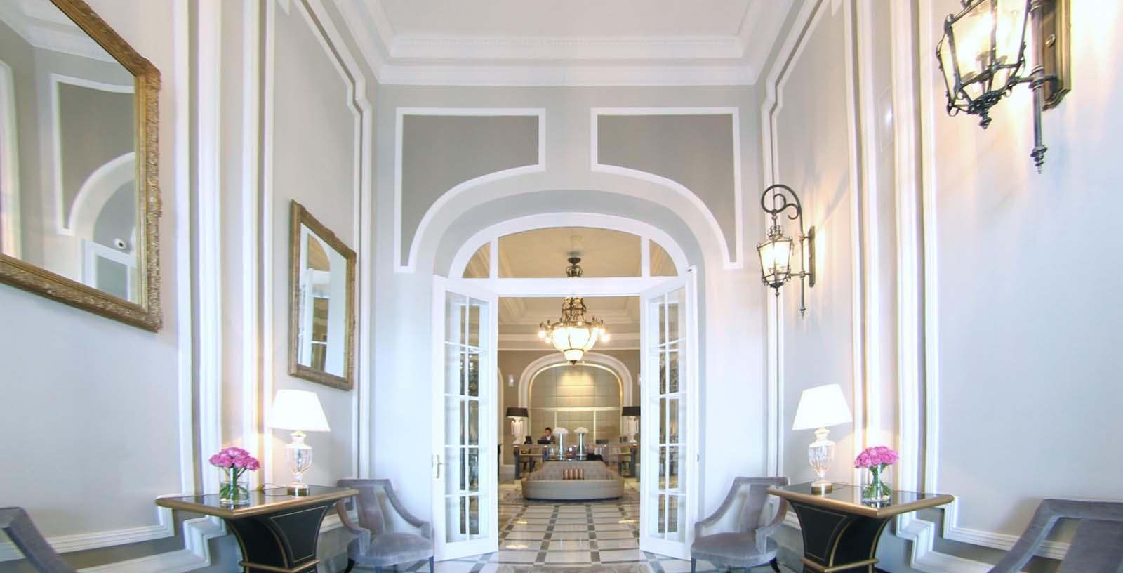 Maria_Cristina_Hotel_04_Building_Idom