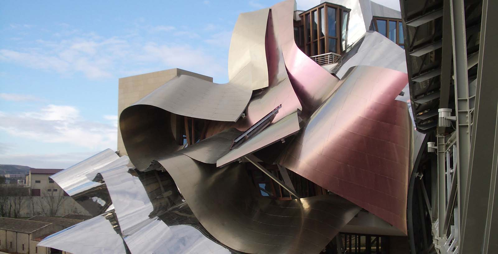 Marques_de_Riscal_hotel_03_Building_Idom_Idom