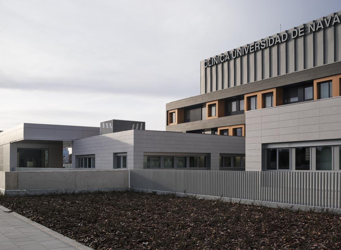 Navarra_University_Clinic-08-Architecture-IDOM-photos-Aitor_Ortiz