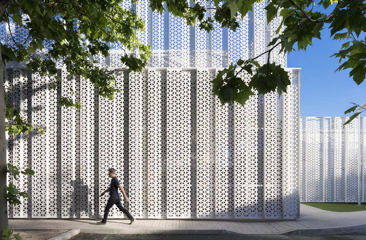 New-Campus-Red-Electrica-44-Architecture-IDOM-photos-Aitor-Ortiz