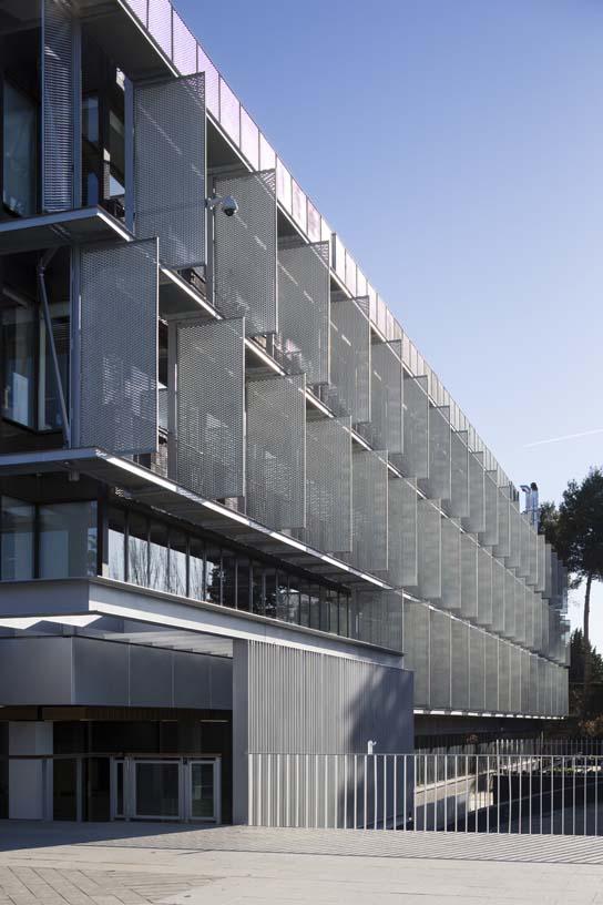 New_ONO_corporate_headquarters_04_Architecture_IDOM_photos_Miguel_de_Guzm_n