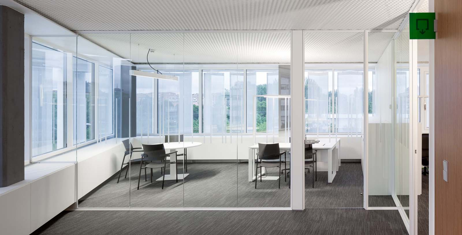 New_Offices_Vitoria_City_Council_06_Architecture_Idom_Photos_Aitor_Ortiz