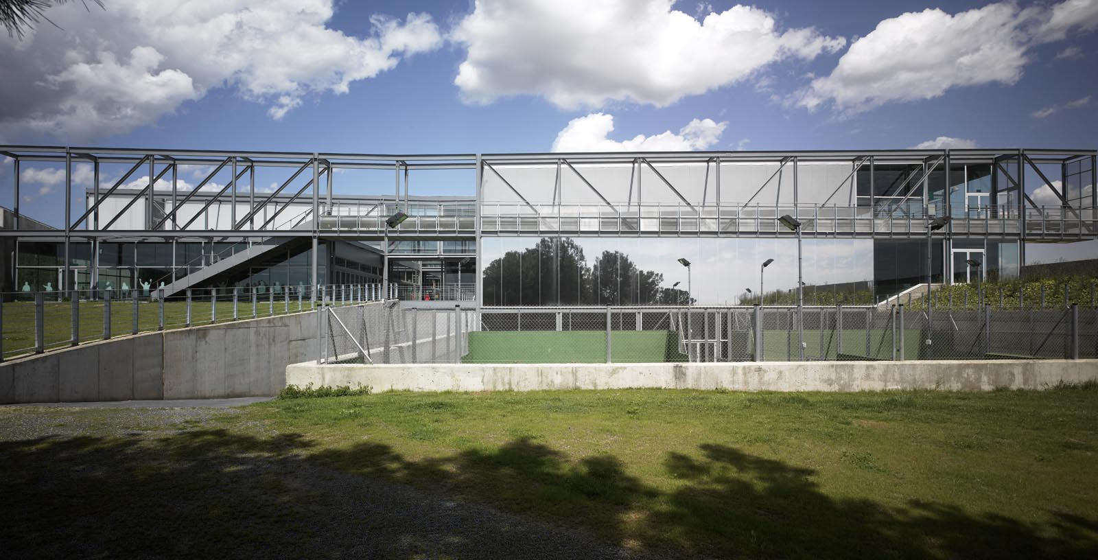 Pau_Gasol_Sports_Center-01-Architecture-IDOM-photo-Eugeni_Pons