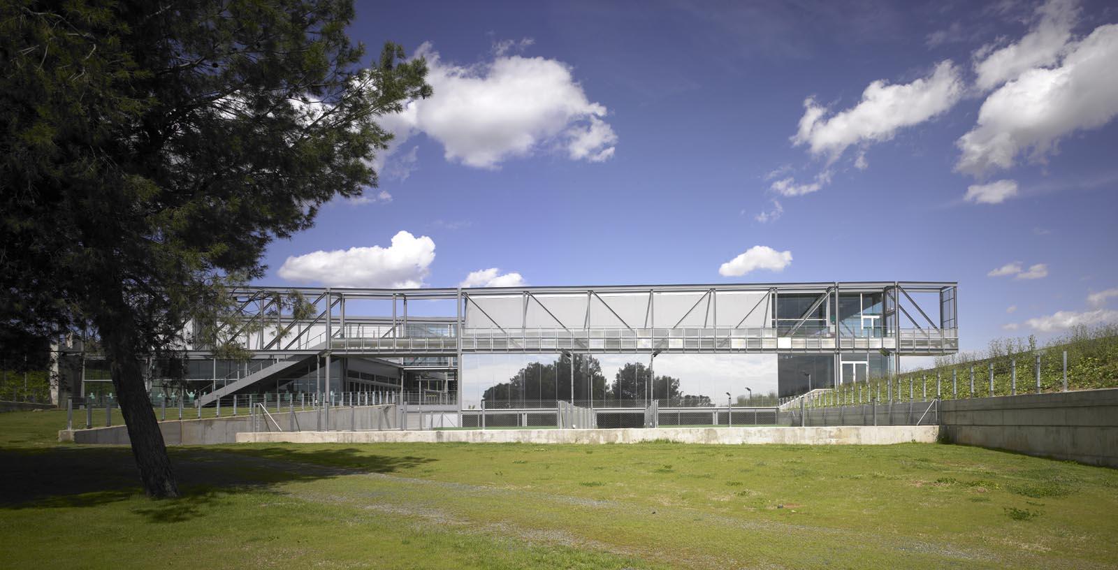 Pau_Gasol_Sports_Center-02-Architecture-IDOM-photo-Eugeni_Pons