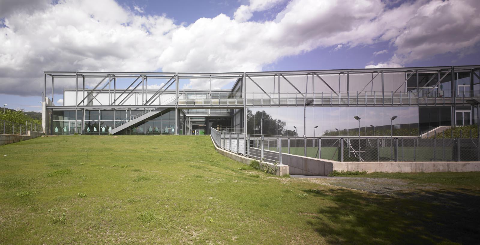 Pau_Gasol_Sports_Center-03-Architecture-IDOM-photo-Eugeni_Pons