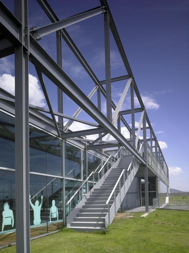 Pau_Gasol_Sports_Center-04-Architecture-IDOM-photo-Eugeni_Pons