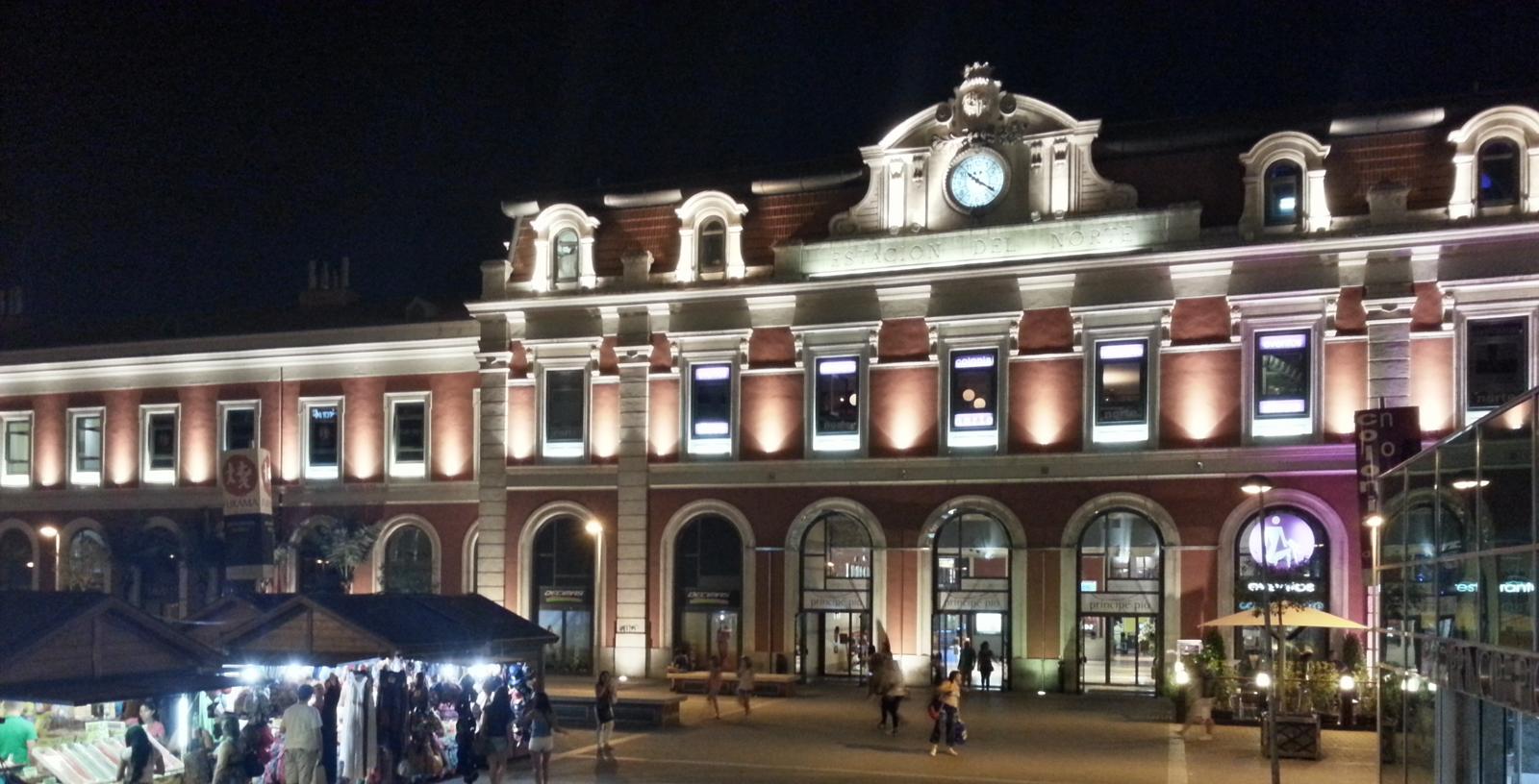 Principe_Pio_Shopping_Center_01_Building_Idom