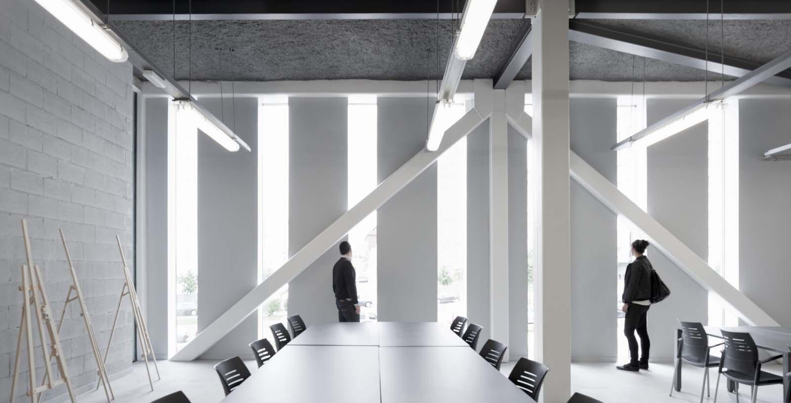 Salburua_Civic_Centre_04_Architecture_IDOM_photo_Aitor_Ortiz