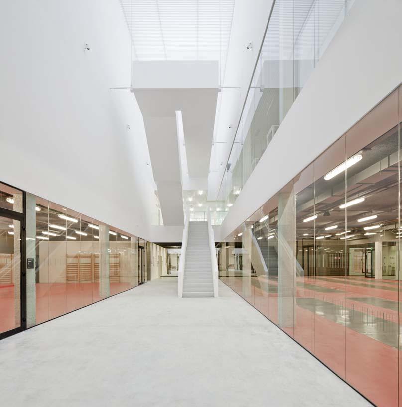 Salburua_Civic_Centre_06_Architecture_IDOM_photo_Aitor_Ortiz