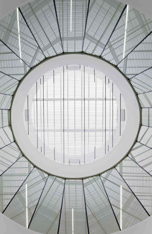 Salburua_Civic_Centre_07_Architecture_IDOM_photo_Aitor_Ortiz