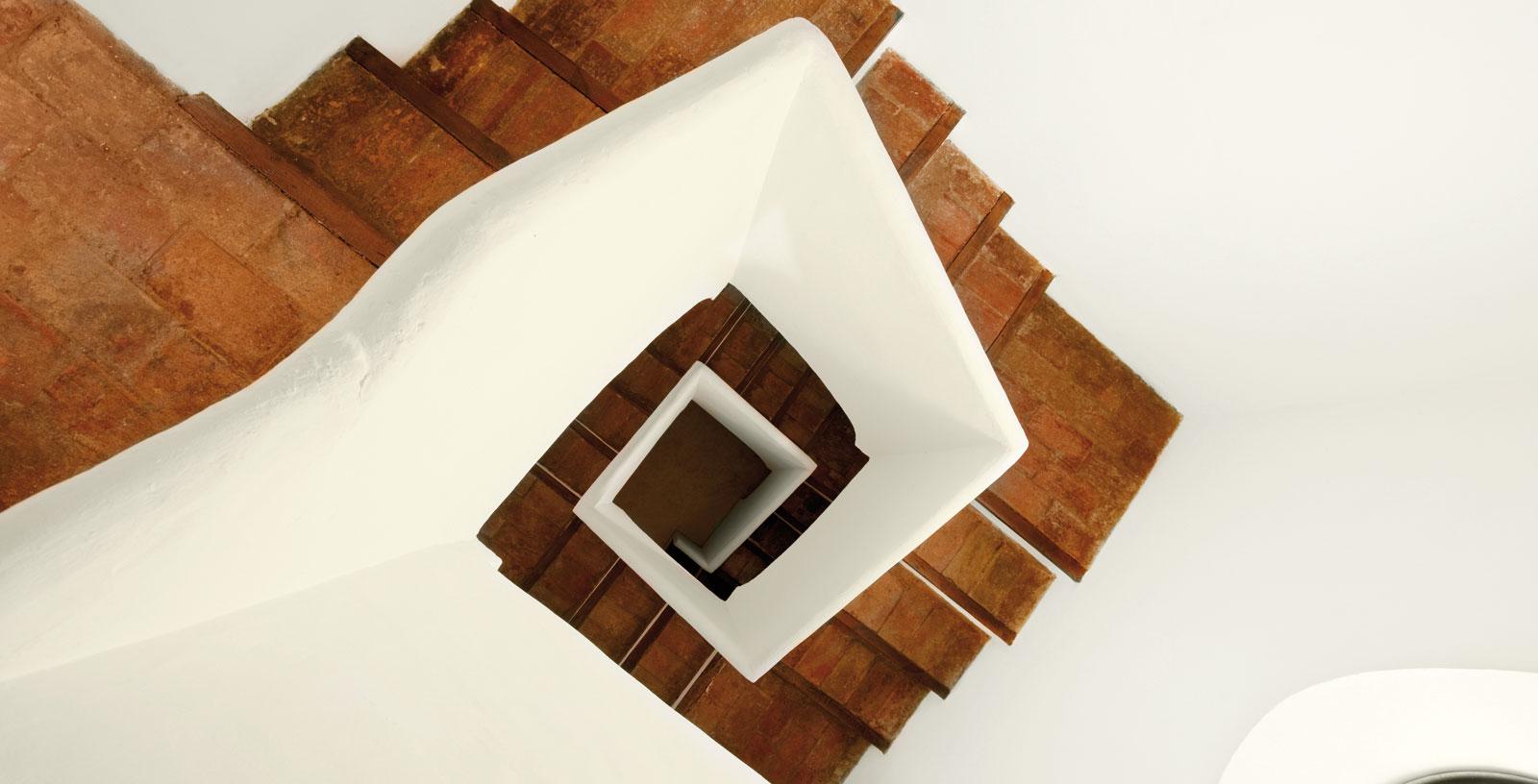 San-Atilano-church_05_Architecture_IDOM_photo-Aitor-Ortiz