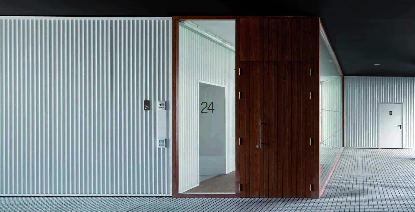 Subsidized_flats_in_Borinbizkarra_04_Architecture_IDOM_photos_Aitor_Ortiz