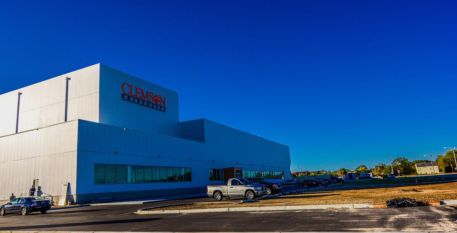 CLEMSON_Windturbine_drivetrain_test_facility_building_USA_ADA_Idom__1_