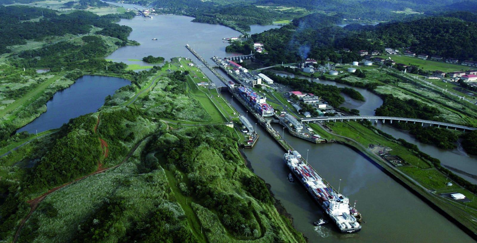 Canal_Panama_1_web-min