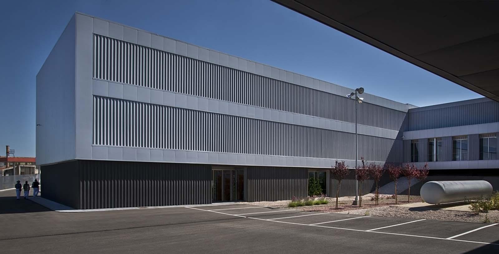 Certest Laboratories-01-Architecture-IDOM-copyright-Francesco-Pinton