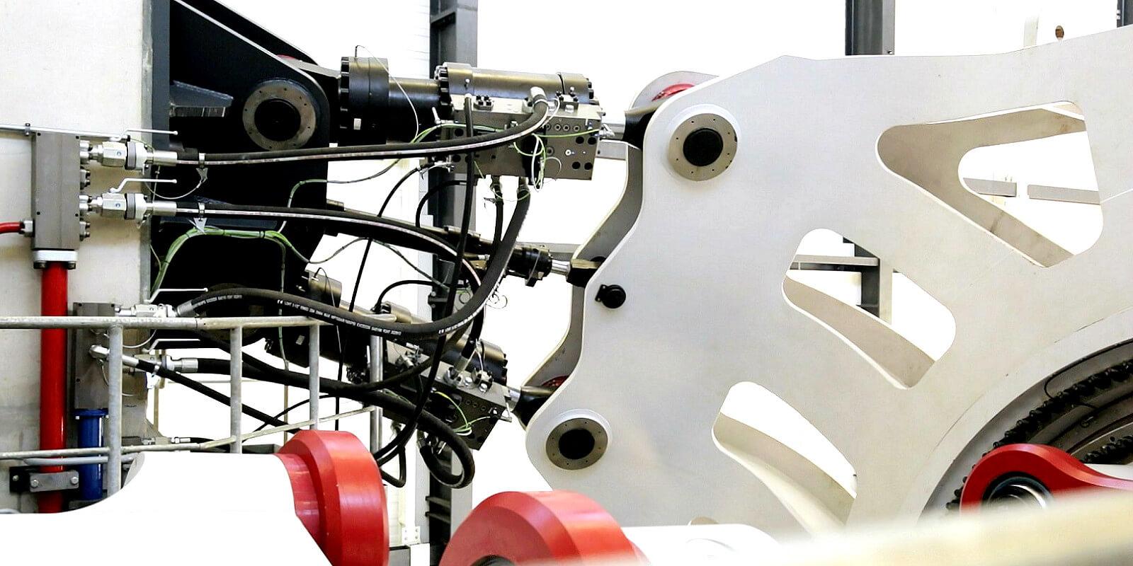 DyNaLab_Nacelle_Testing_Laboratory_Fraunhofer_IWES_Germany_Idom__0_
