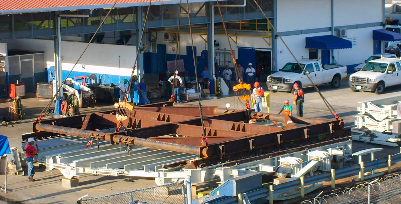 Locomotive_Turntables_Gatun_Locks_Panama_Canal_IDOM_5_