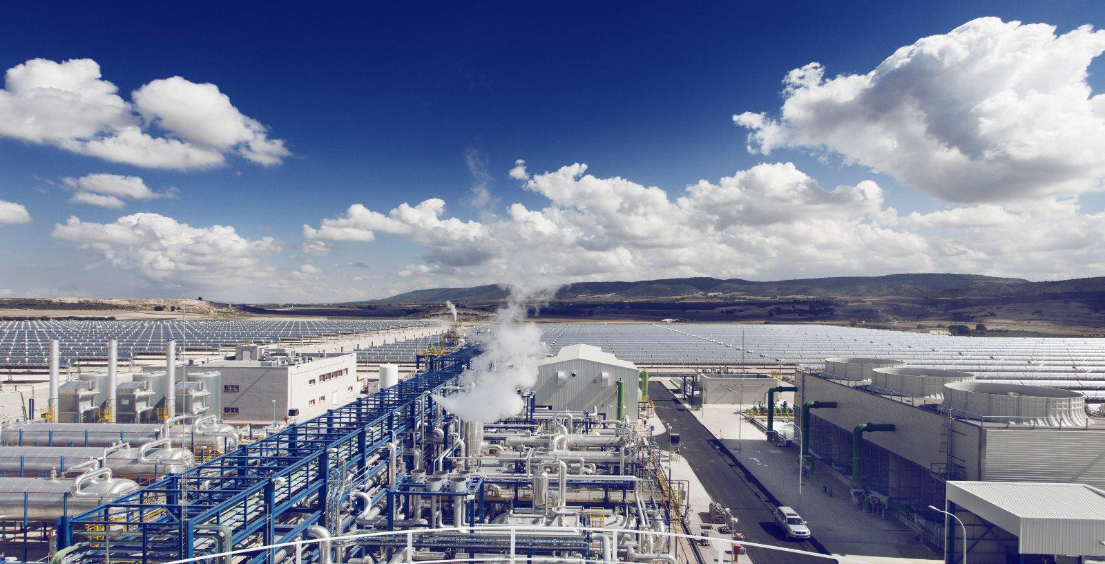 FCC_ENERSTAR_VILLENA_Thermosolar_power_plant_03_Idom