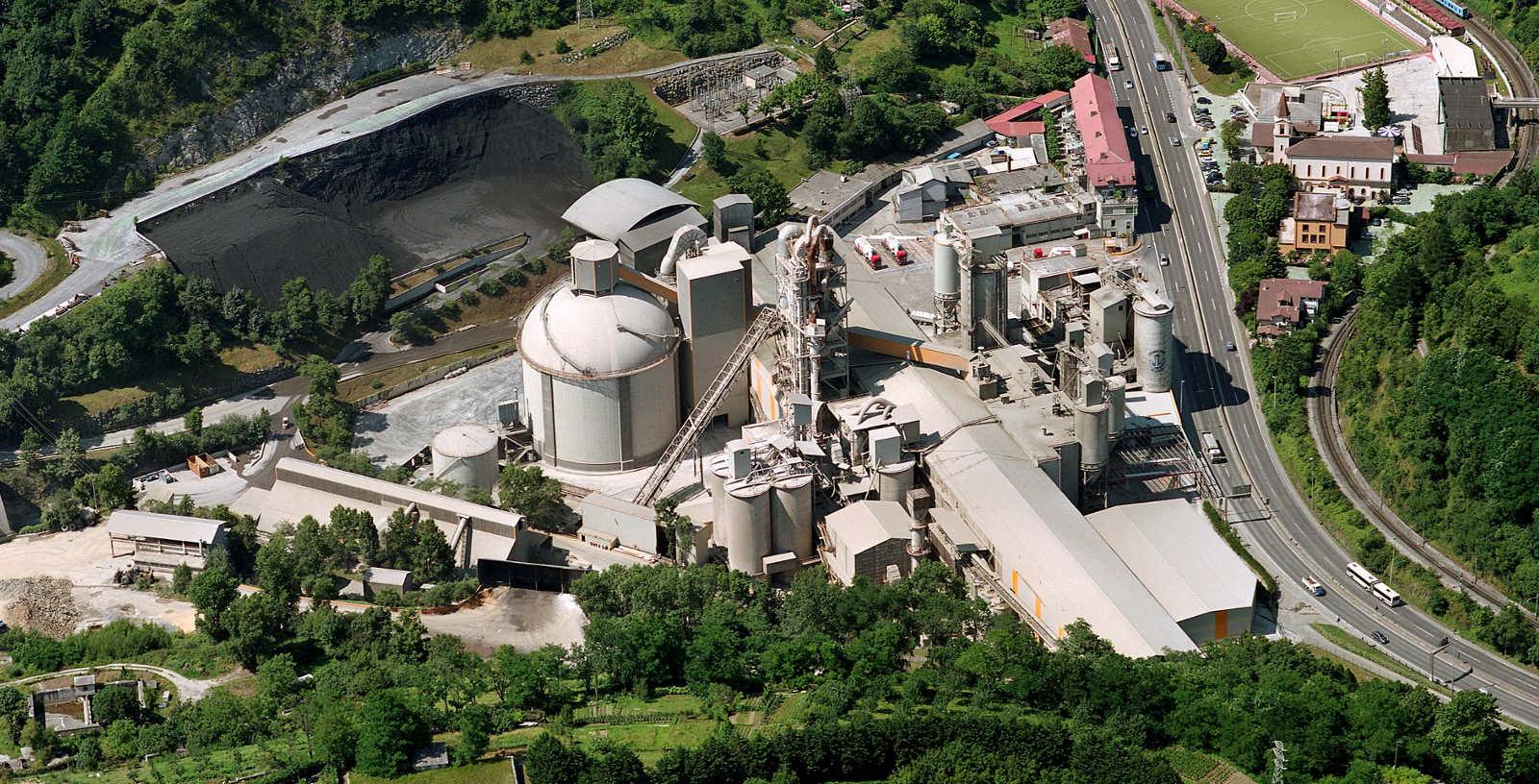 Cement_plant_HeidelbergCement_Rezola_Cementos_IDOM_00