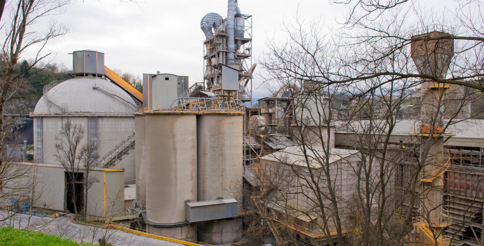 Cement_plant_HeidelbergCement_Rezola_Cementos_IDOM_01