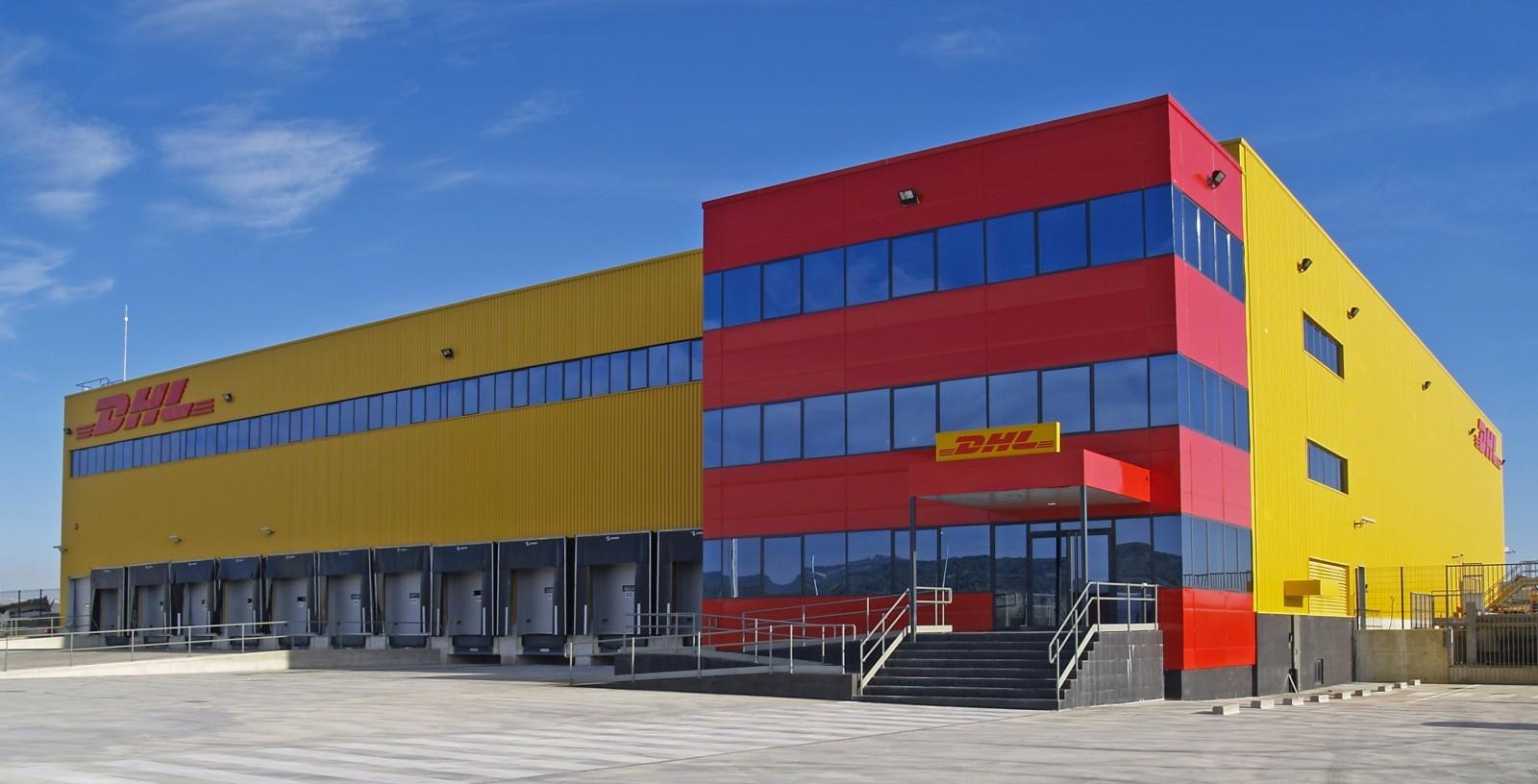Logistic_Center_Foronda-Airport_Spain_DHL_IDOM