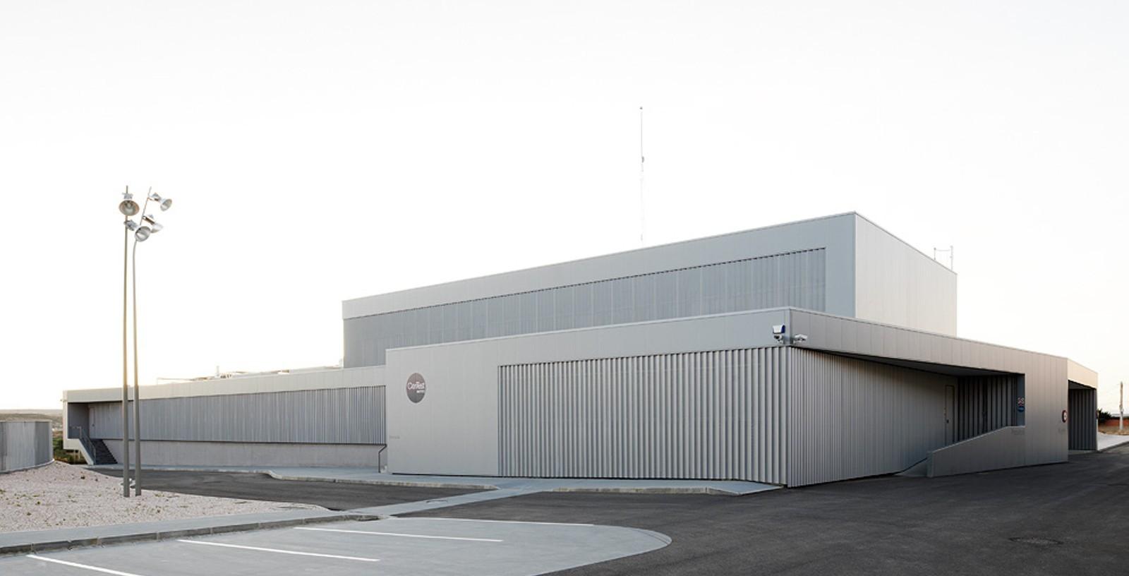 Production_Laboratories_Pharma_Plant_Spain_Certest_Biotec_IDOM_01